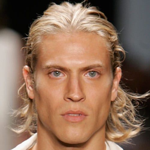 bright blond long hairstyles for men