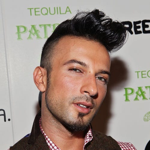 unique pomp hairstyles for men
