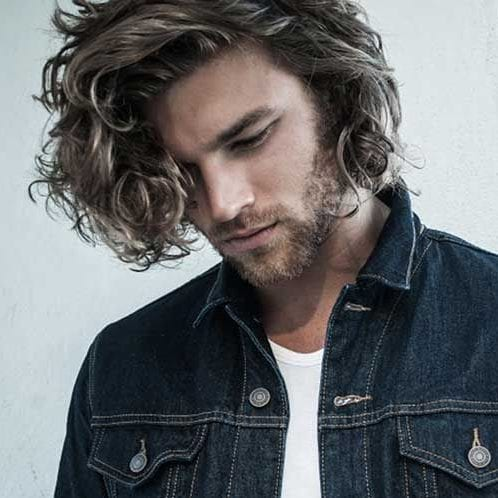 loose curls with highlights medium length hairstyles for men