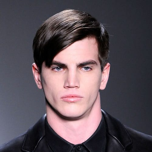 Hairstyles with Side-slicked Bangs