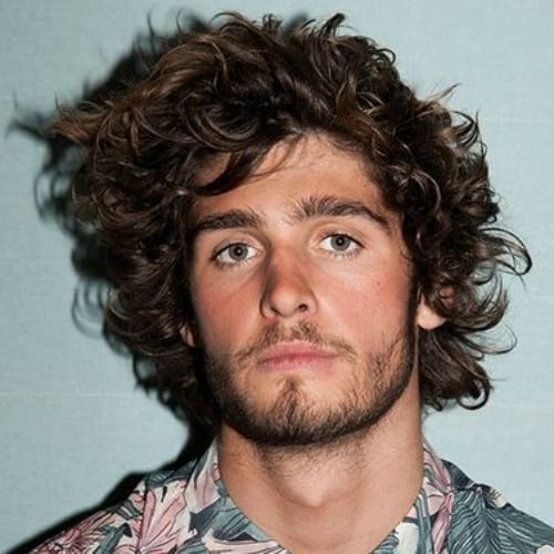 50 Natural Curly Hairstyles for Men - Men Hairstyles World