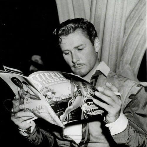 Errol Flynn onset The Private Lives of Elizabeth & Essex (1939) 1930s mens hairstyles