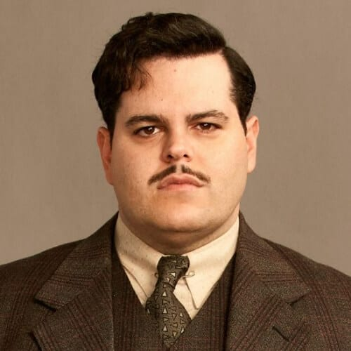 josh gad murder on the orient express 1930s mens hairstyles