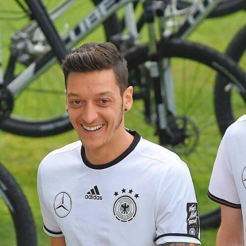Mesut Ozil soccer player haircuts