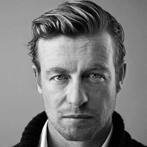 Simon Baker's Haircut for Men with Wavy Hair