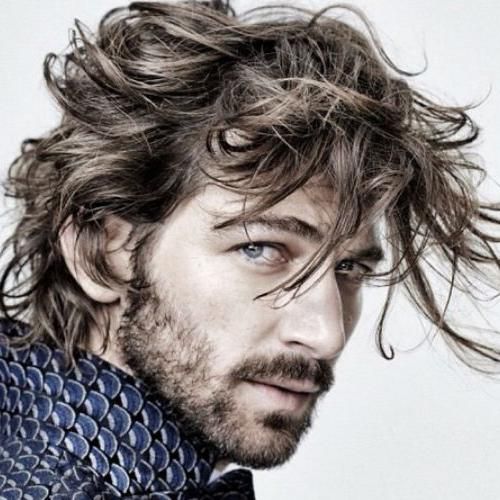 Daario Naharis Textured Messy Hair