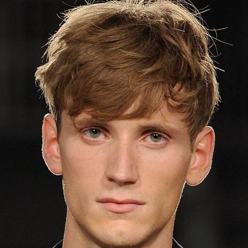 tousled fringe haircut