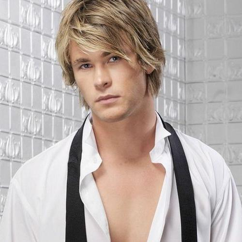 Long Fringe Layered Haircut - Chirs Hemsworth Haircut