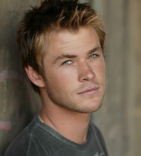 Short Chris Hemsworth Haircut
