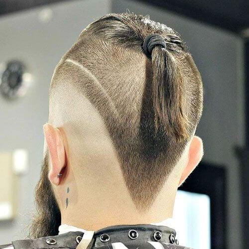 V-shaped Top Knot Men