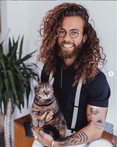 hank_ge long curly hair