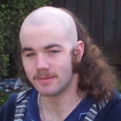 bald base mullet cut